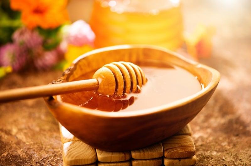 Mật ong nghệ tốt cho phụ nữ sau sinh mật ong