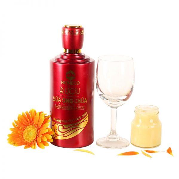 Rượu nếp kết hợp với sữa ong chúa