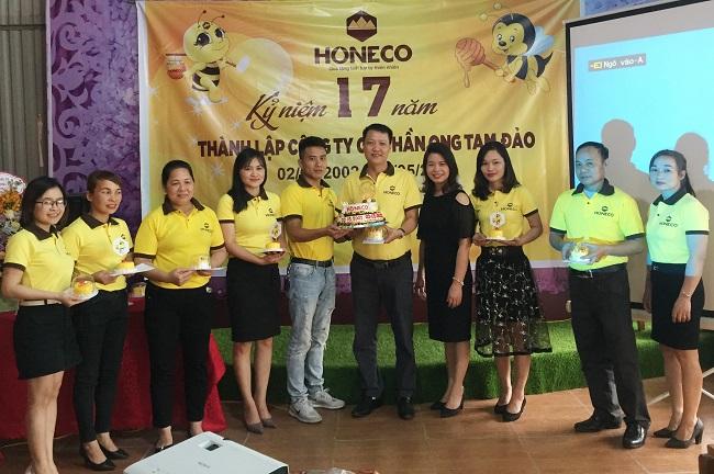 Buổi tiệc sinh nhật công ty cũng là dịp kỷ niệm sinh nhật các cán bộ nhân viên có ngày sinh từ tháng 1 đến tháng 5